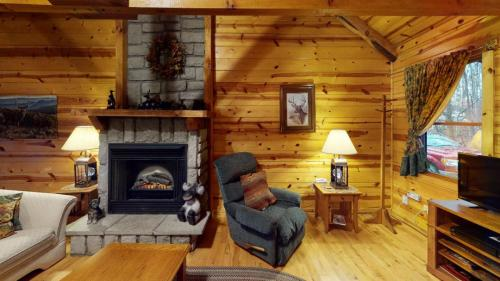 Fawn-Valley-Living-Room(1)